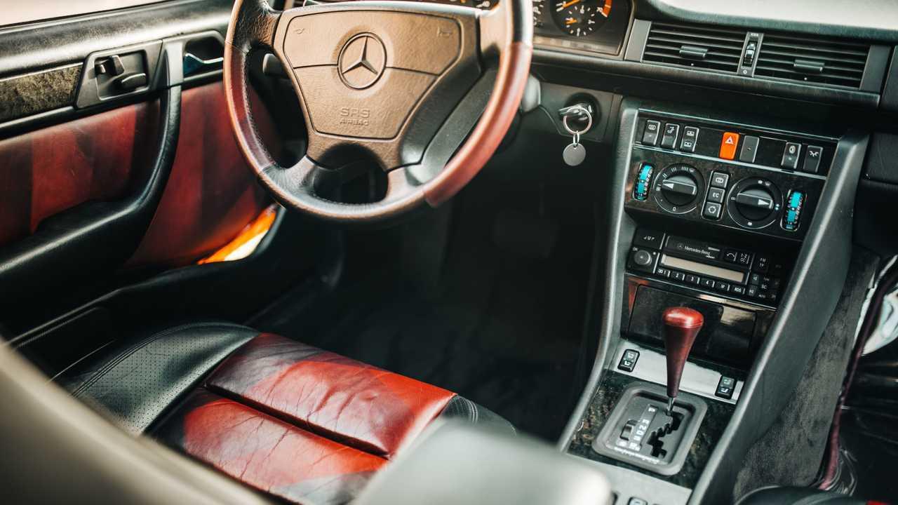 Mercedes-Benz E 500 25. évforduló
