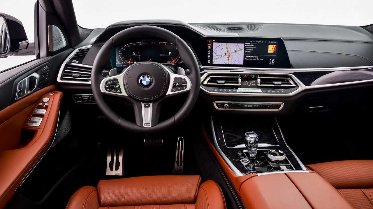 BMW X7, la prima prova su strada