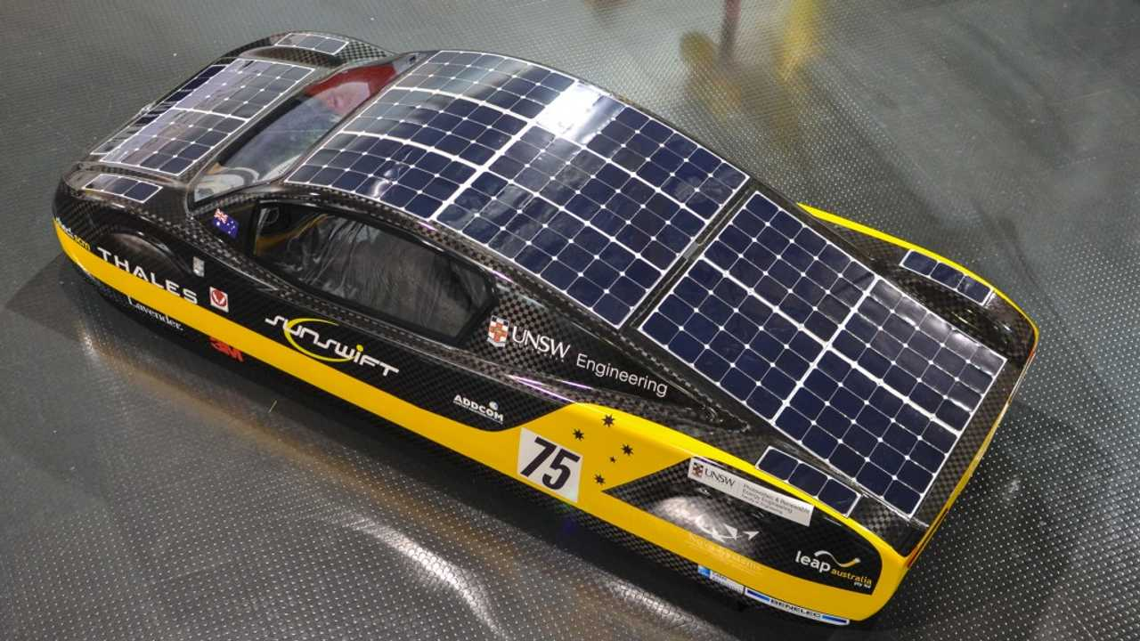 Solar Racing Sunswift eVe Gets Unveiled