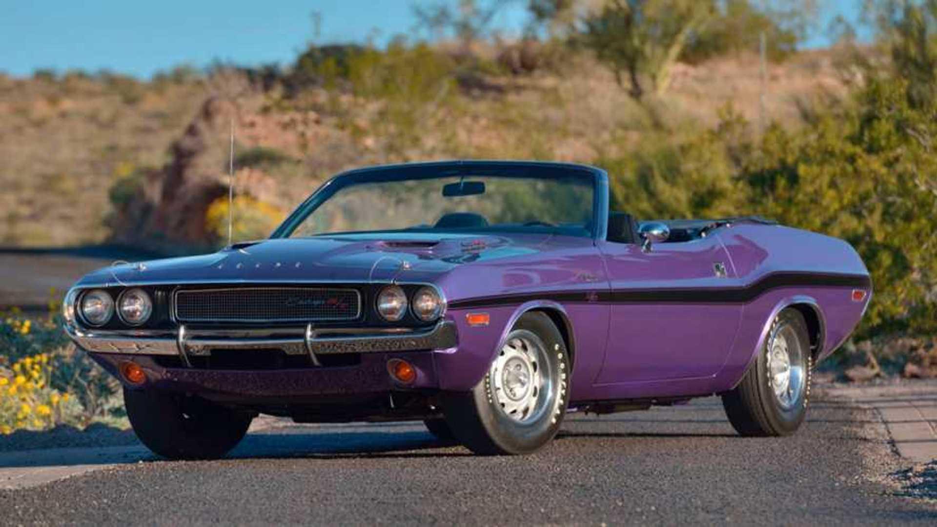 "[""1970 Dodge Hemi Challenger R/T Convertible""]"