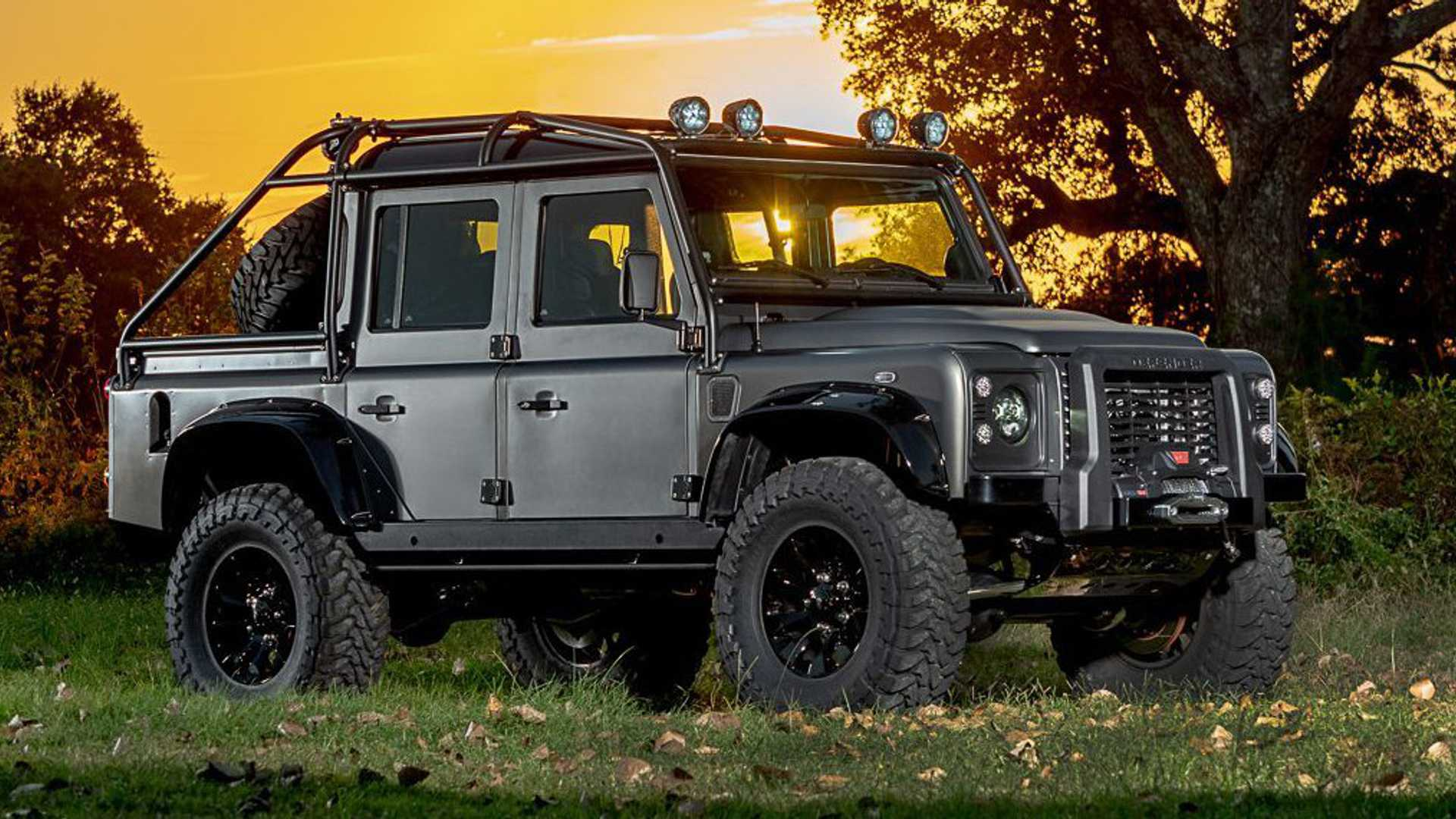 525-HP Land Rover Defender Is Powered By Corvette Engine