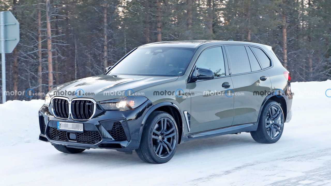 BMW X5 M Facelift Spy fénykép elölnézet