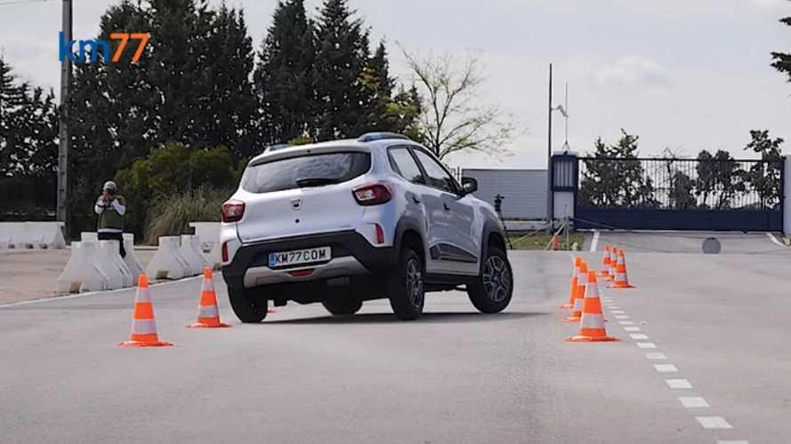 Dacia'nın ilk elektrikli modeli Spring'in geyik testini izleyin