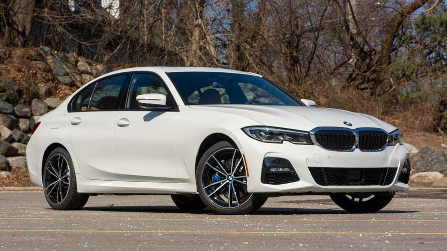 2021 BMW 330e: Review