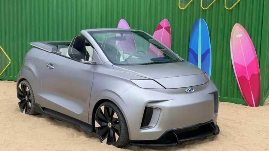 Chery mostra versão conversível de seu carro elétrico urbano
