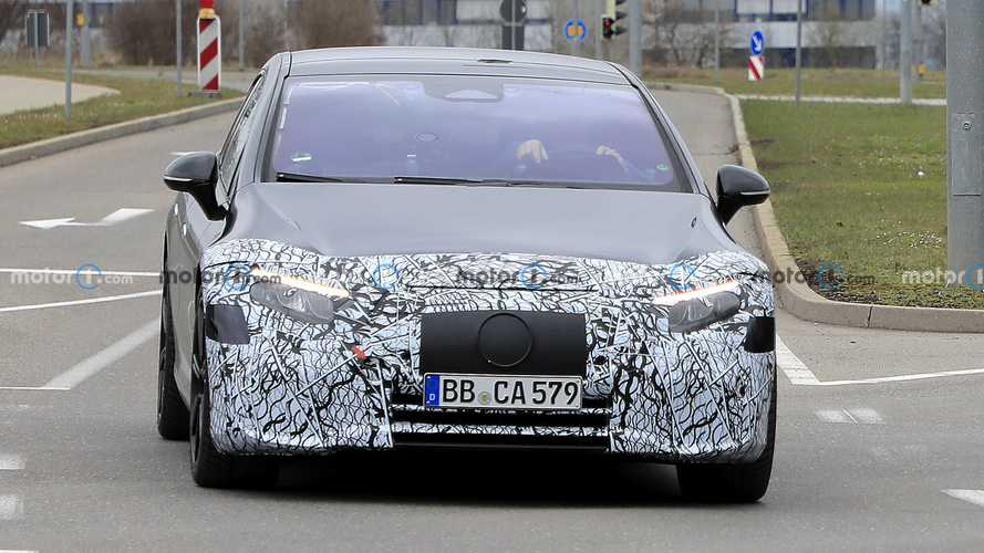2022 Mercedes-Benz EQS Spy Shots