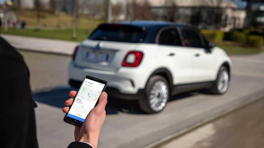 La famiglia Fiat 500 ora si comanda con Google Assistant