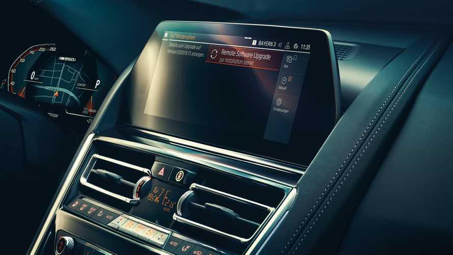 Aggiornamenti online per 1,3 milioni di auto BMW