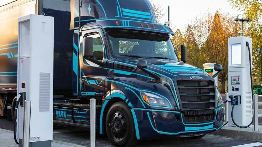 70+ Companies Want Faster Adoption Of Zero-Emission Trucks
