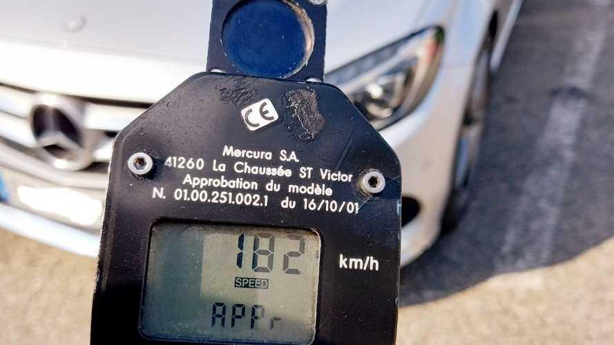 Contrôlé à 182 km/h parce qu'il voulait décrasser sa Mercedes
