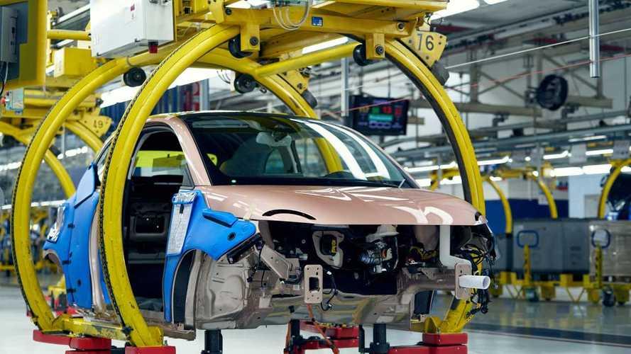 Incentivi auto 2021, quanto fanno davvero bene al mercato