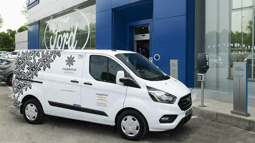 Ford Transit Custom Plug-in Hybrid, ecco il primo refrigerato