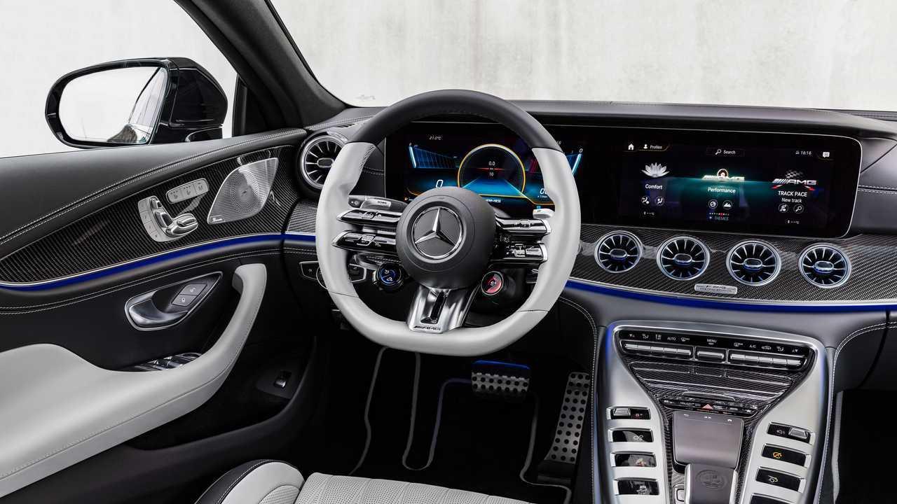 Interior del Mercedes-AMG GT Coupé de 4 puertas 2022
