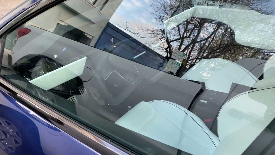 Watch Best Video Yet Of Tesla Model S Plaid With Yoke Steering Wheel