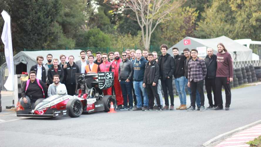 YTU Racing'in son silahı YTR-05'i kullandık!