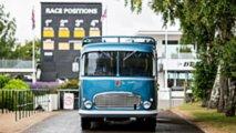 Autobús clásico F1 y Le Mans
