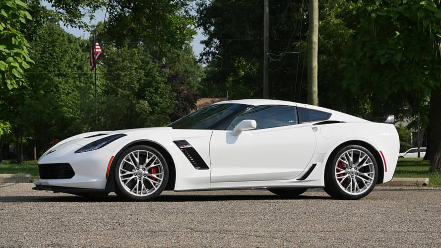 Chevy Corvette Prices Are Rising Up To $2,500 This Year