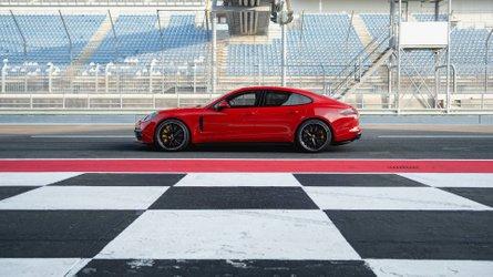 460 lóerővel mutatta meg magát a Porsche Panamera GTS