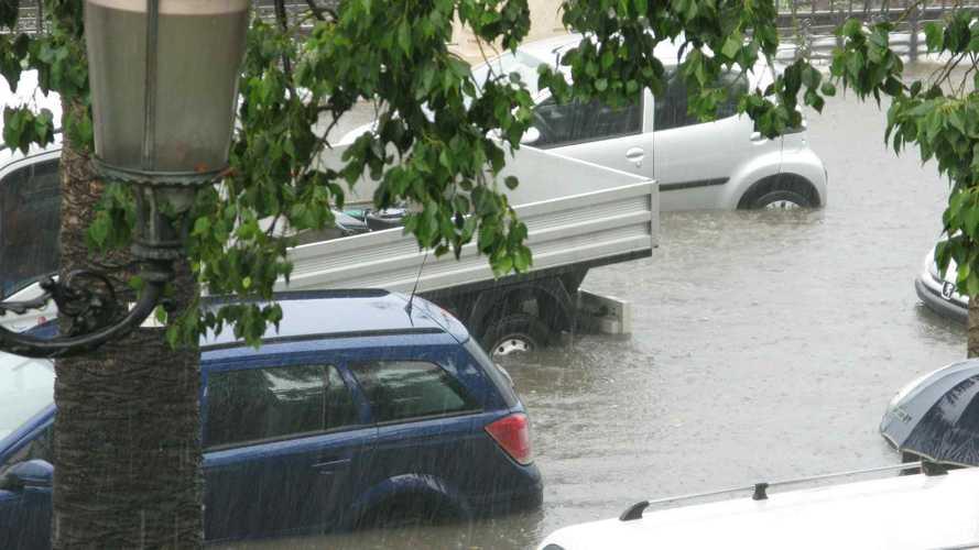 Assicurazioni auto e maltempo, ecco come proteggerci
