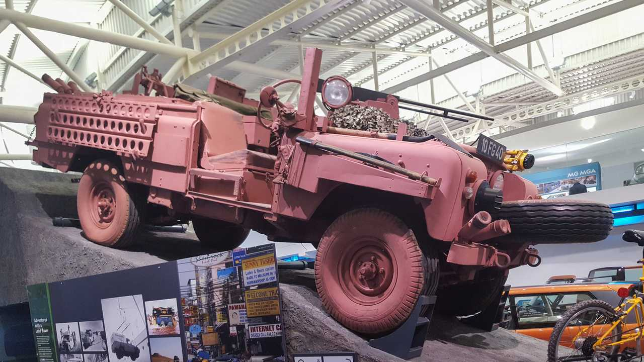 Land Rover Series IIA Pink Panther SAS desert car 1968