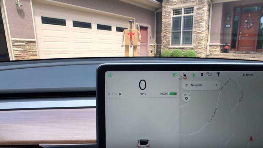 Will Tesla Autopilot Automatically Stop For Cardboard Box Man?