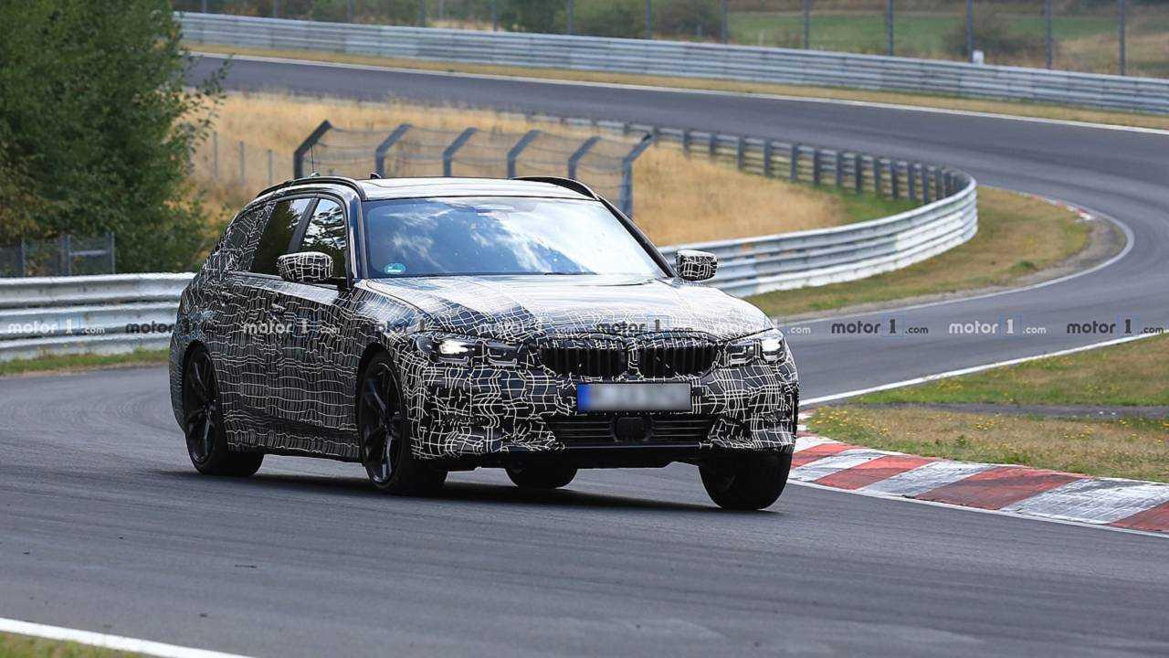 2019 BMW 3 Series Touring Spy Photo
