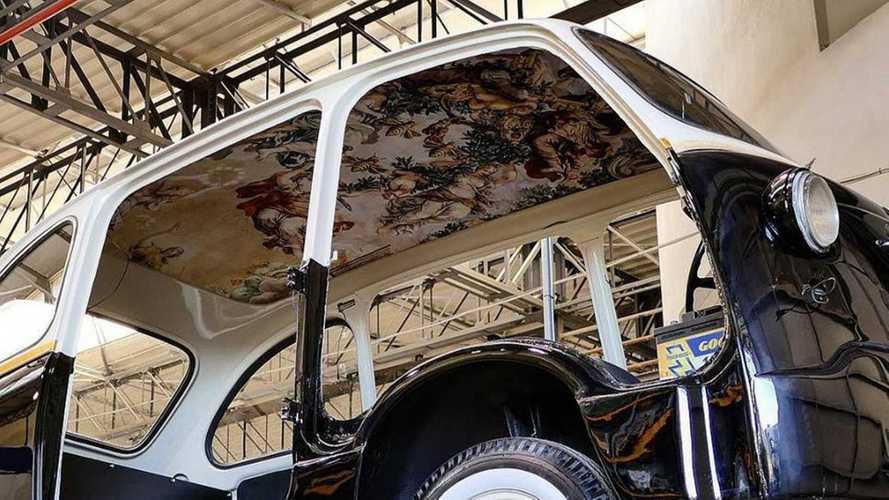 Une fresque dans une Fiat 600 Mutlipla électrique !