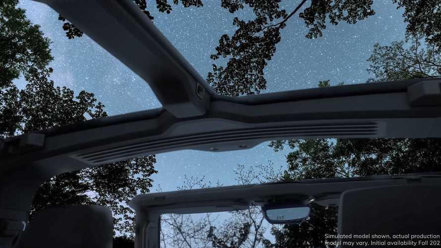 """GMC Hummer elétrico mostra teto removível para """"experiência ao ar livre"""""""