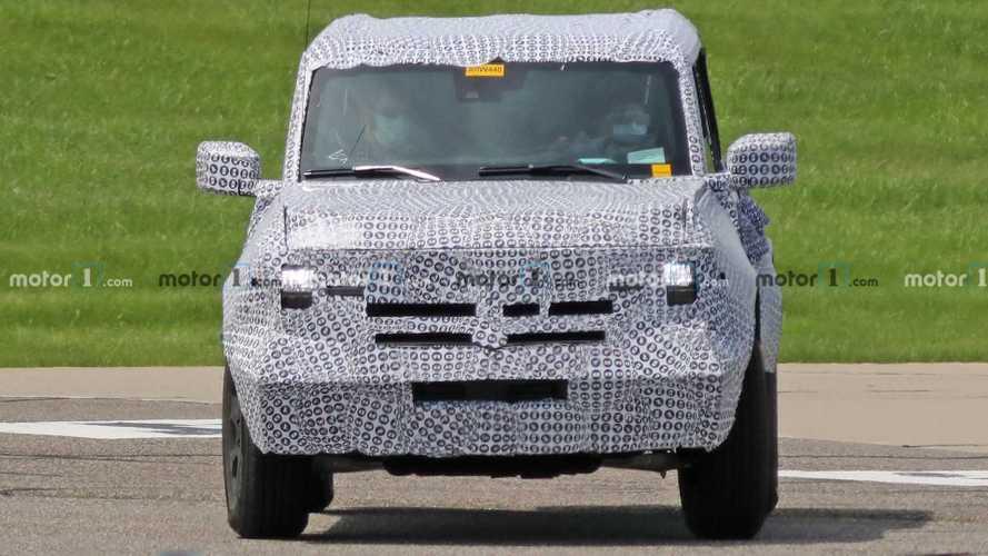 Шпионские фото Ford Bronco