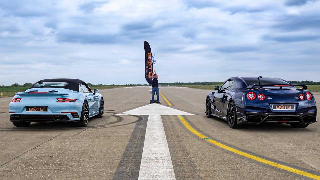 Tuned GT-R vs 911 Turbo S Drag Race Lead