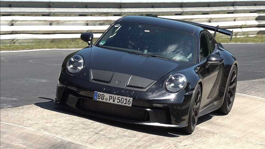 Watch 992-generation Porsche 911 GT3 make rounds at the Nürburgring