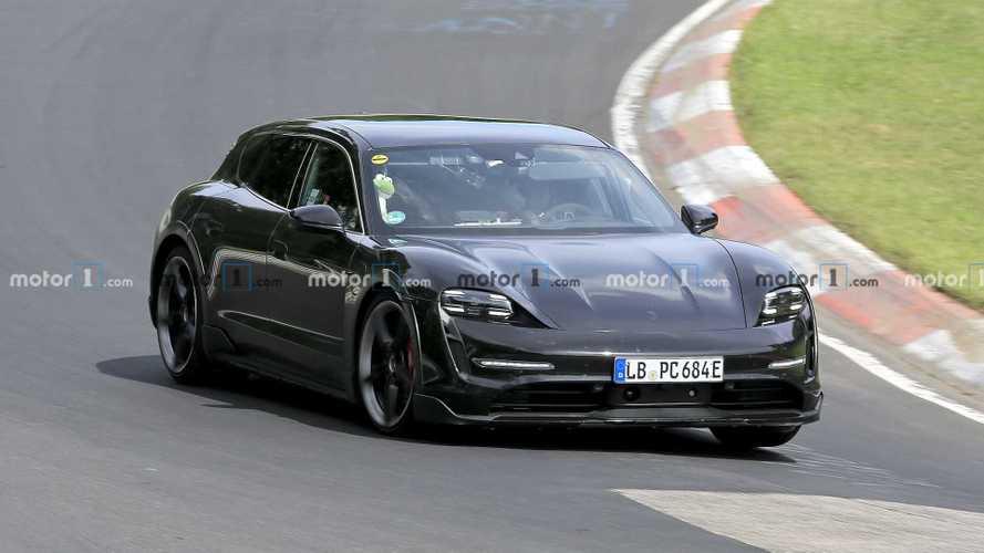 Porsche Taycan Cross Turismo, senza veli nelle ultime foto spia