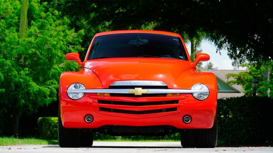 Low-Mileage Chevy SSR With Manual Gearbox Heads To Auction