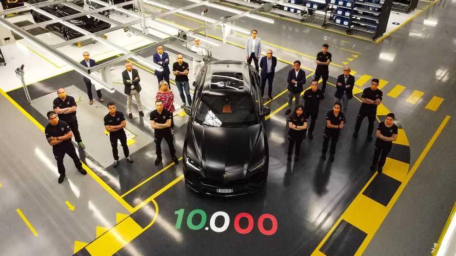 Elkészült a tízezredik példány is a Lamborghini Urusból