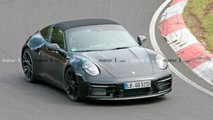 Porsche 911 GTS Targa, le foto spia al Nurburgring