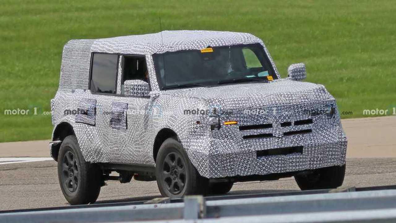 2021 Ford Bronco Spy Photo