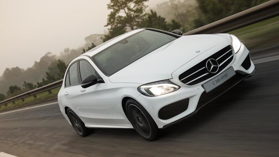 Mercedes-Benz faz dobradinha entre os sedãs premium
