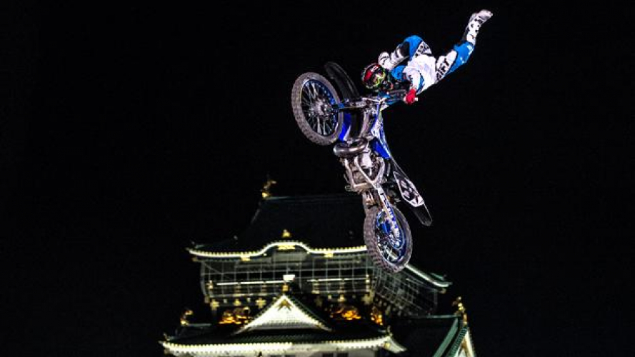 Red Bull X-Fighters 2013: Higashino vince a Osaka!