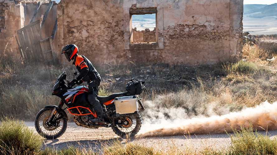 Make Your KTM ADV All-Wheel-Drive Thanks To This Clever System