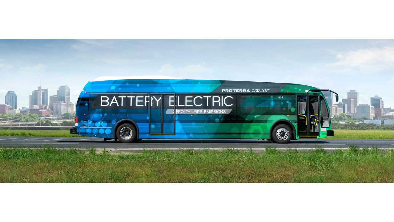 Proterra Catalyst E2 - Available with<strong> 440 to 660 kWh</strong> battery options, and <strong>194 to 350 miles</strong> of range