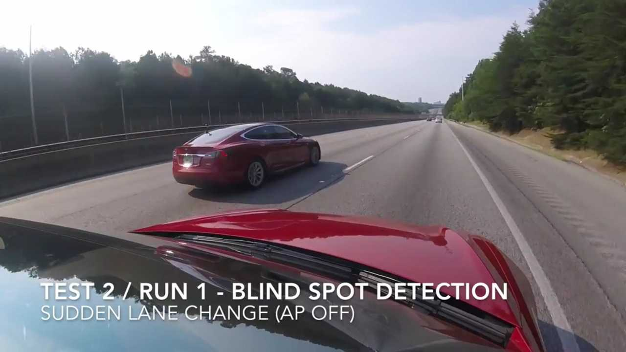 Tesla Model S Blind Spot Detection Test