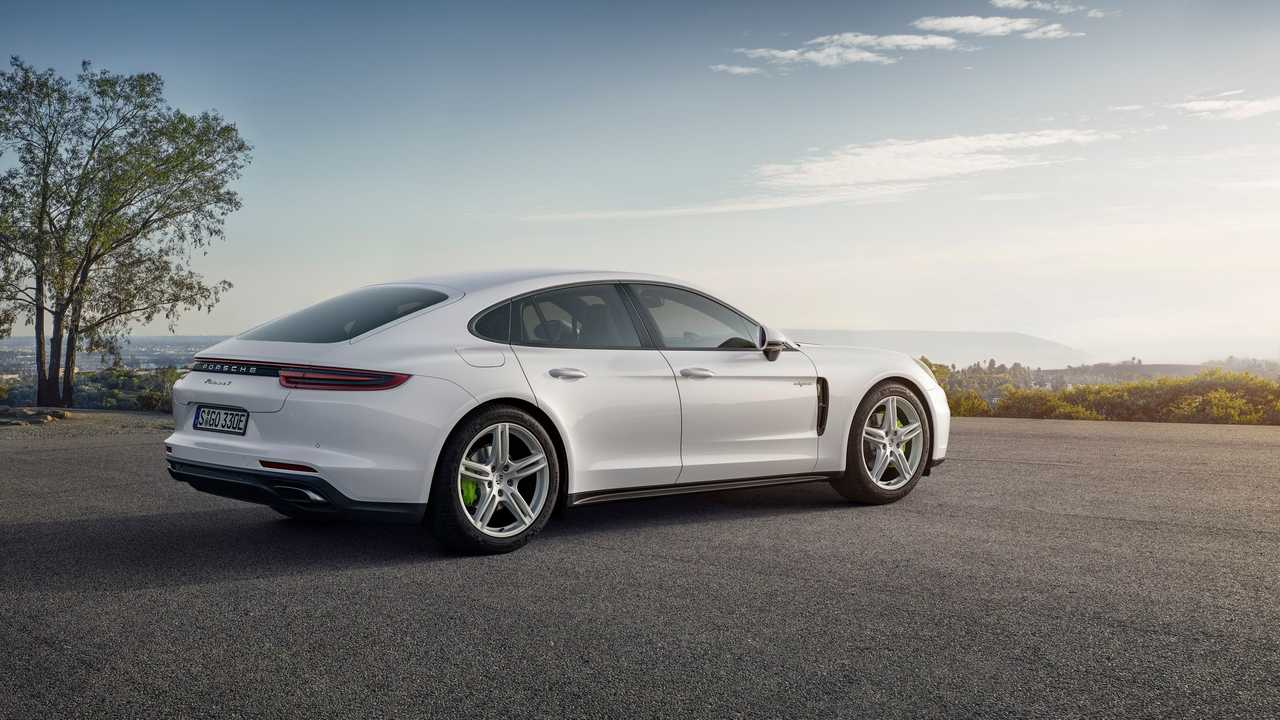 Upcoming Porsche Panamera 4 E-Hybrid Video Review