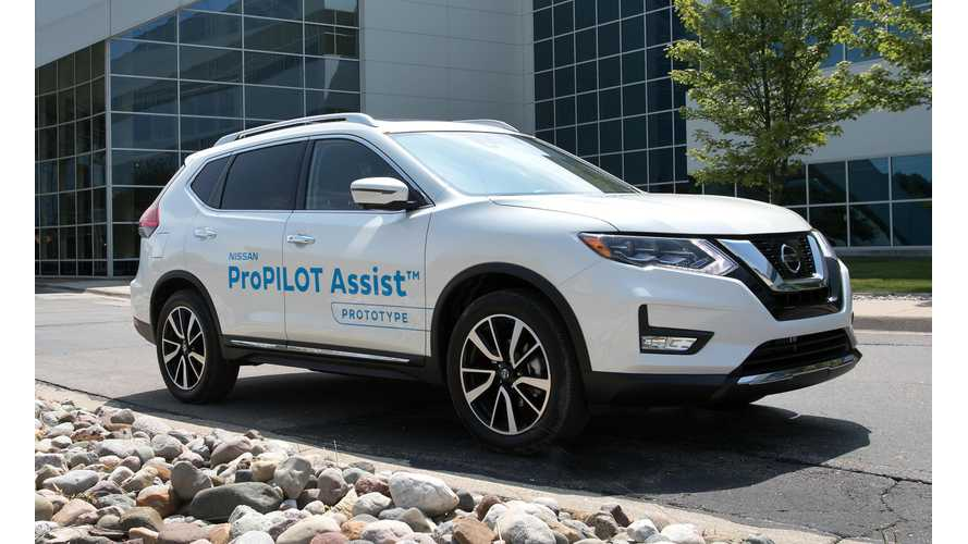 Nissan ProPilot Assist Eases You Into Autonomous Cars
