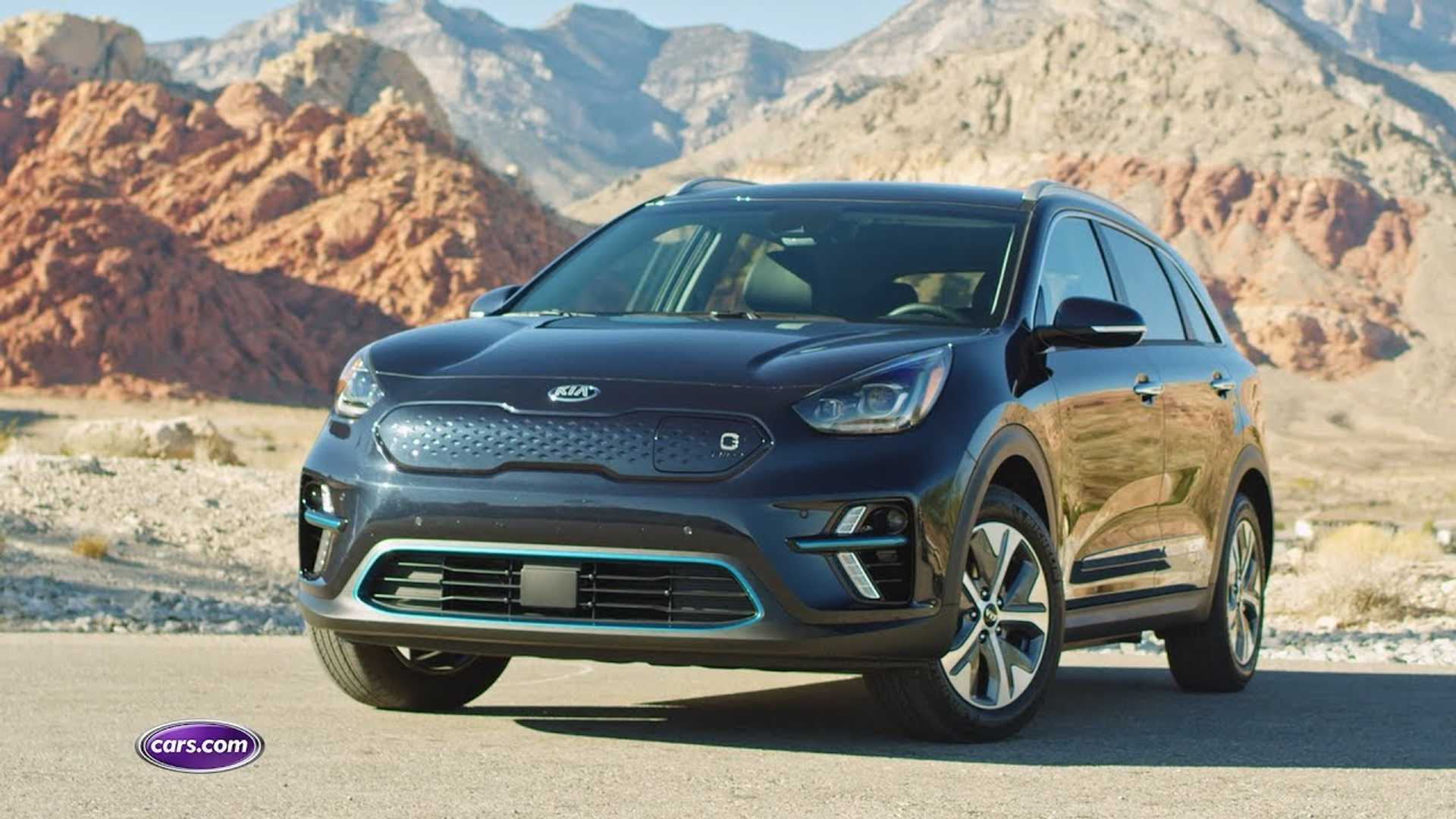Cars Com Reviews >> Let S Compare Reviews Kia Niro Ev First Drive By Cars Com Autotrader