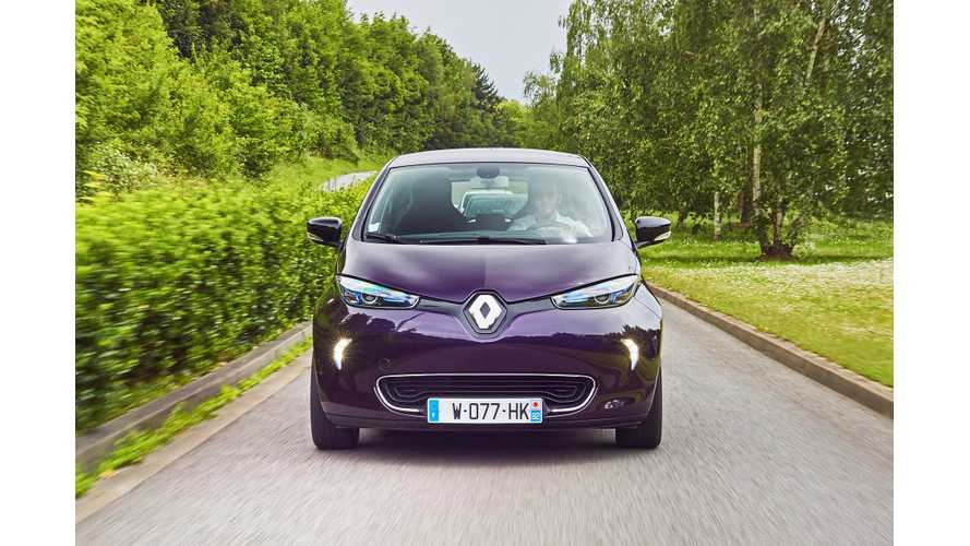 Here's How To Save £5,000 On A New Electric Renault Zoe