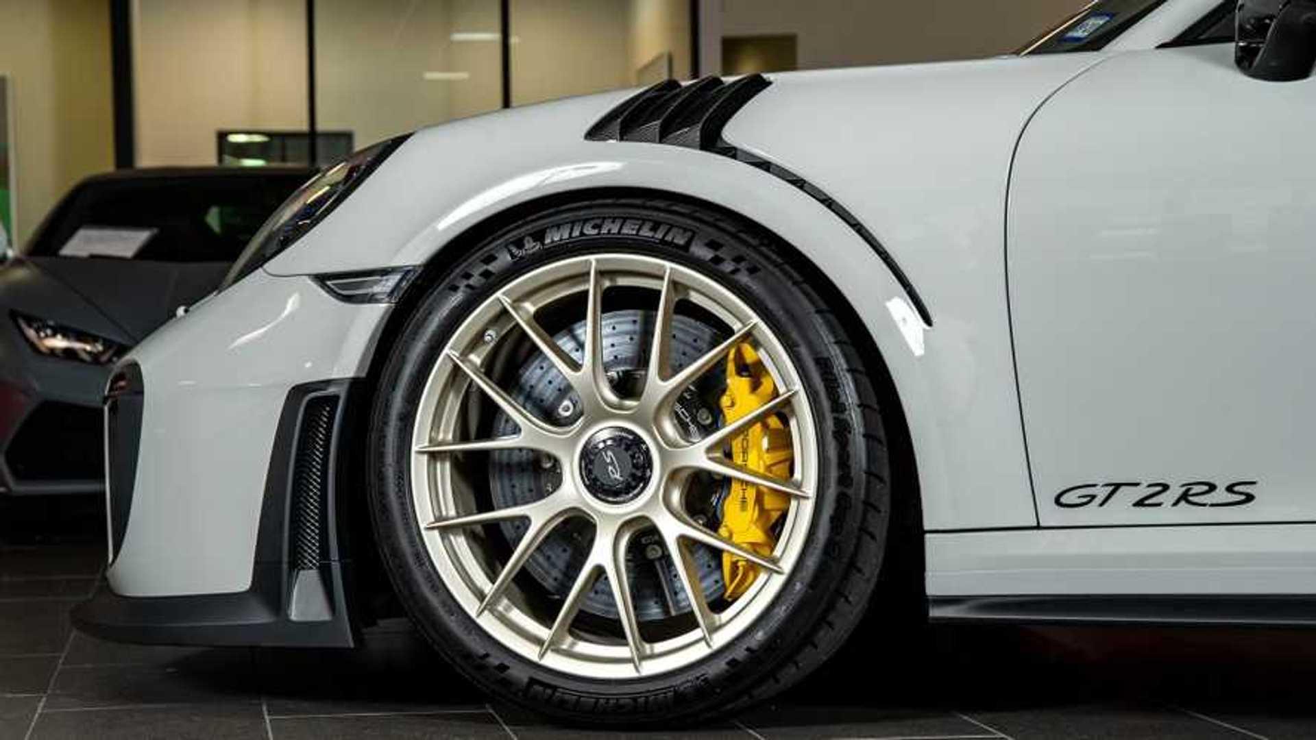 """[""""2018 Porsche 911 GT2 RS""""]"""