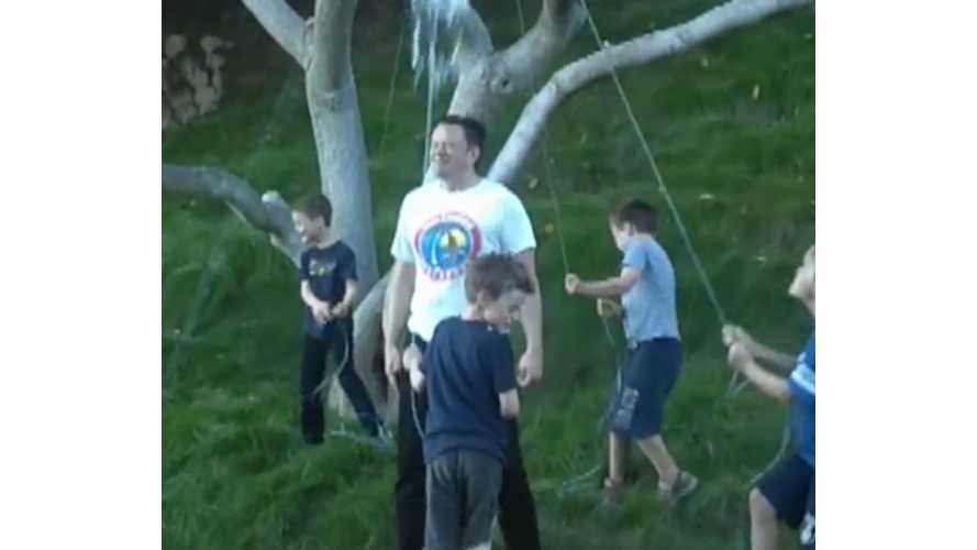 Elon Musk And Sons Complete Ice Bucket Challenge From Bill Gates