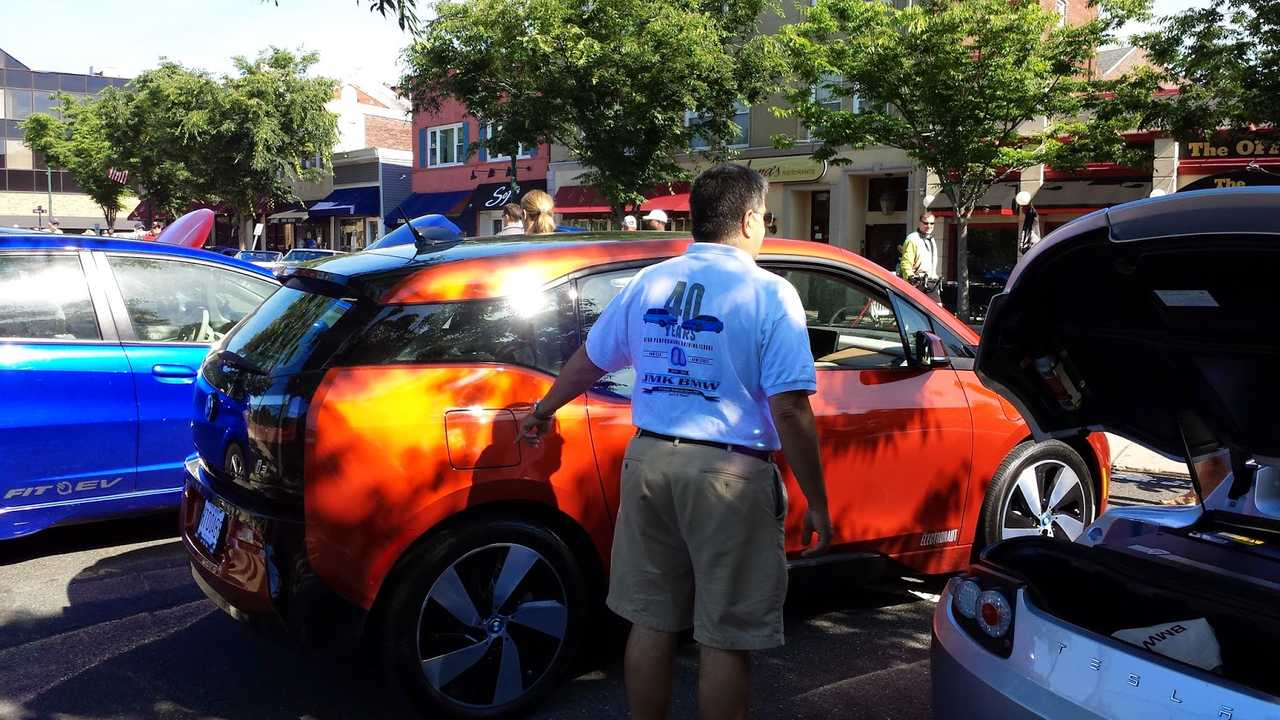The Solar Orange is perfect for the i3...look how the sun dances. At Cars and Croissants