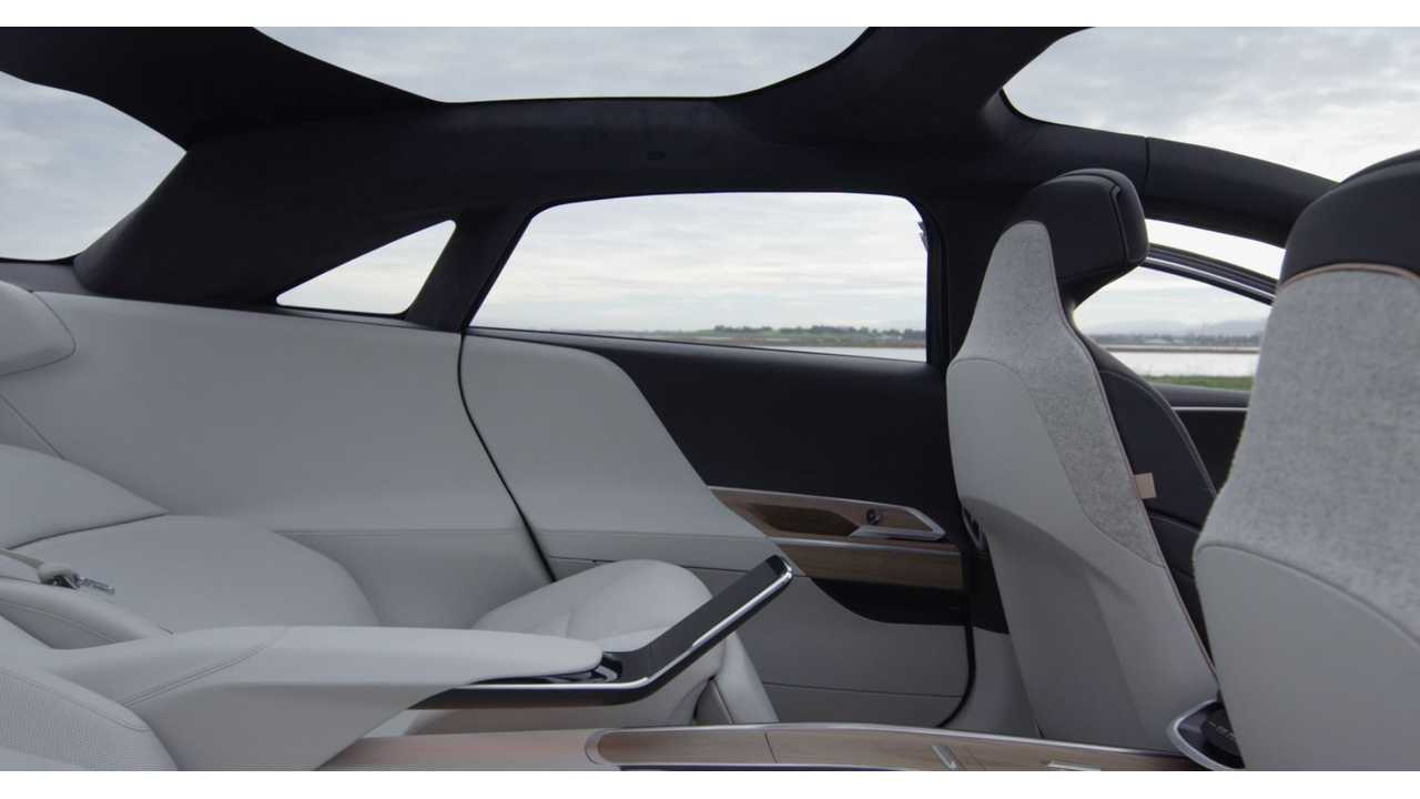 Lucid Air interior - Let's not forget the fifth display in the rear