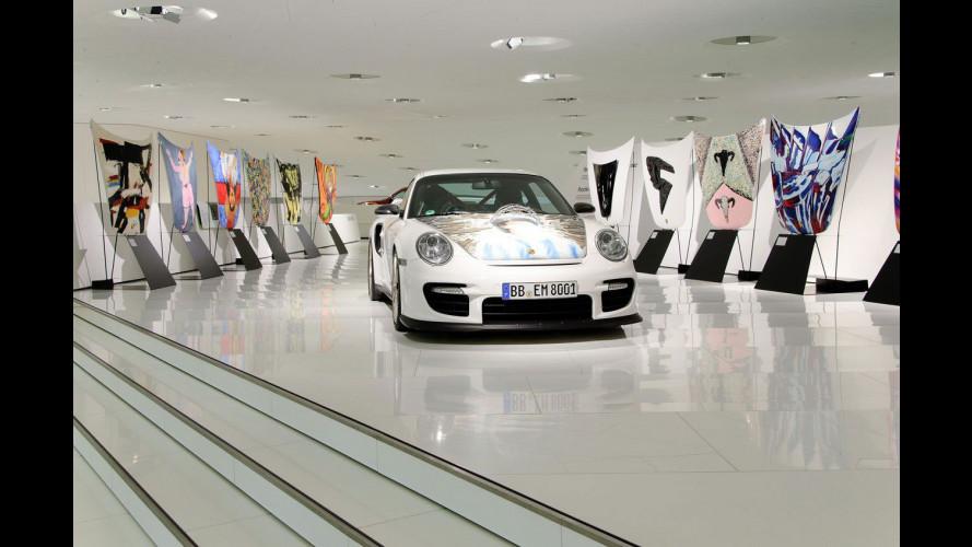 Come ti dipingo il cofano di una Porsche 911 GT2